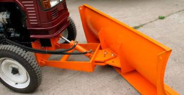 Фото: Передний отвал для мини-трактора