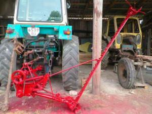 Фото: Косилка сегментного типа для трактора