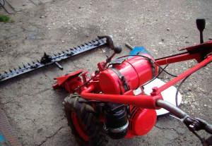 Фото: Маломощная мотокосилка МФ-70