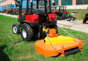 Фото: Косилка КРС 1,7 с мини-трактором