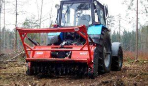 Фото: мульчер навесной на тракторе МТЗ 82